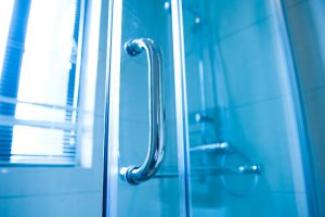 New Technologies Offer More Choice in Shower Glass and Hardware